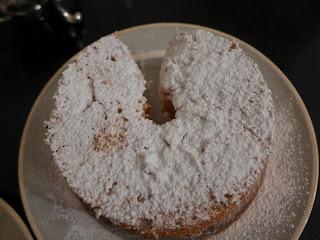 Il più leggero dei dolci, solo albumi, zucchero e pochissima farina, ideale per le diete1