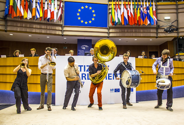 Students for Europe - European Parliament - Photo par Ben Heine