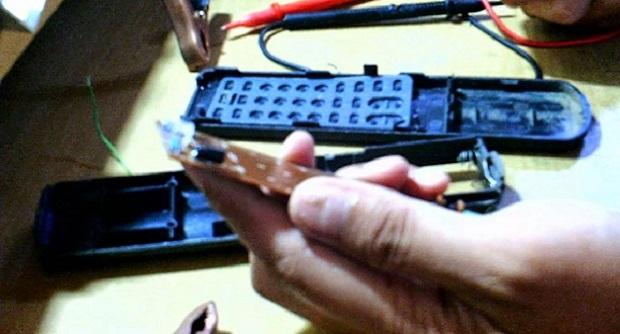 Cara memperbaiki remot control receiver digital parabola yang macet