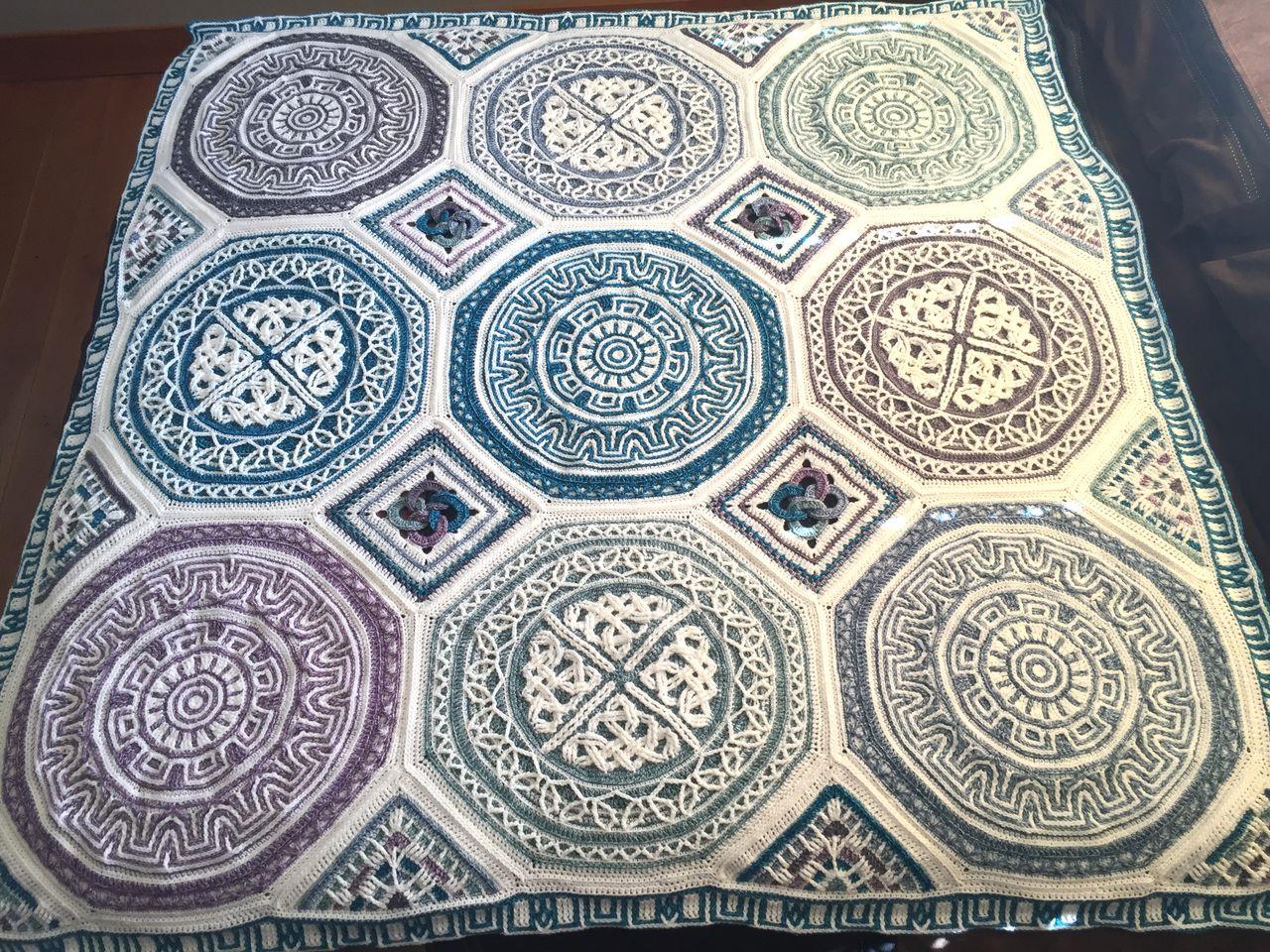 About Labyrinth Celtic mandala blanket | LillaBjörn\'s Crochet World