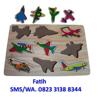 mainan puzzle pesawat