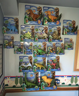 tomy the good dinosaur action figure collection