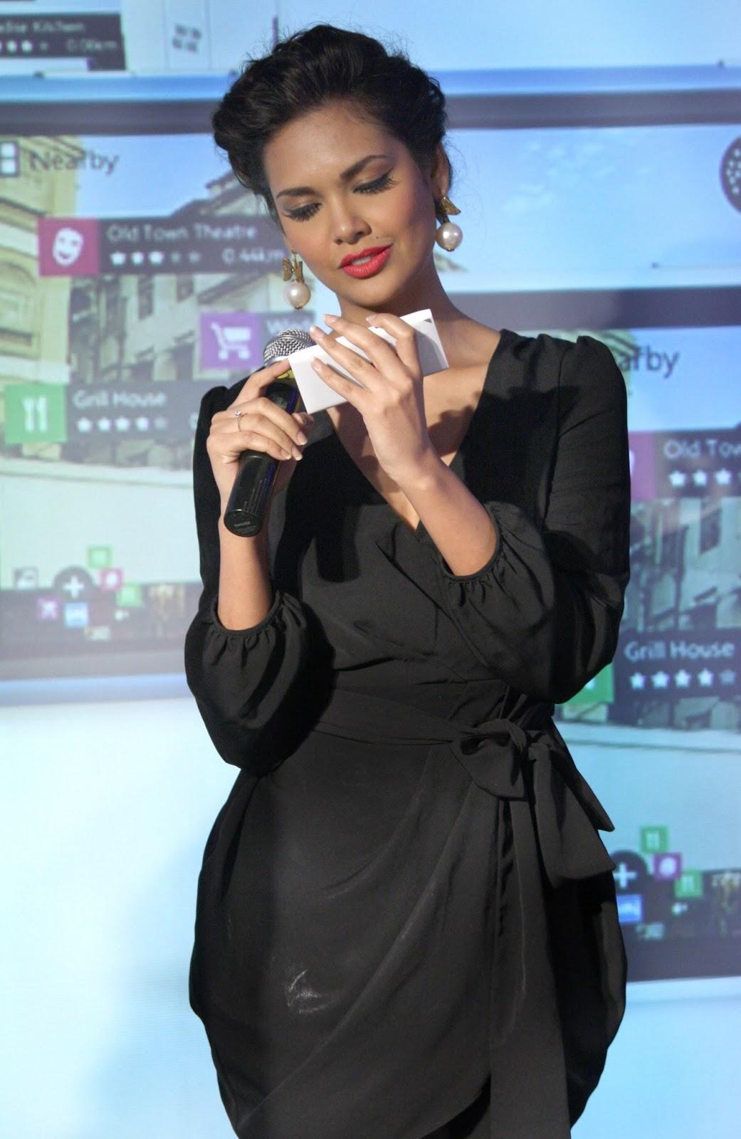 Esha Gupta launches Lumia-900 Nokia Product - Sexy