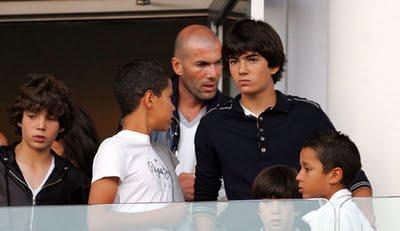 Zinedine Zidane Family 2014 Welcome to Vict...