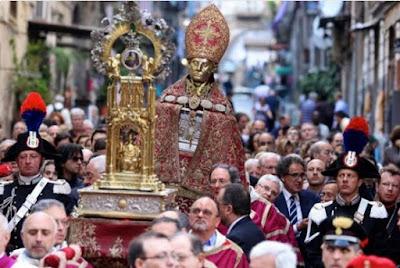 Nuevo milagro de la sangre  de San Genaro en septiembre 2016