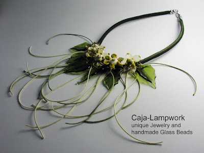 Glasblumen Collier