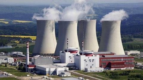 thermal power plant là gì, Peaking thermal, Peaking power plants là gì? Nhiệt điện chạy đỉnh là gì? Peaking thermal, Peaking power plants là nhà máy nhiệt điện chạy đỉnh, có khả năng cung cấp mộ lượng công suất lớn điện năng/điện ngay lập tức cho nhu cầu tiêu thụ điện ở giờ cao điểm của một quốc gia