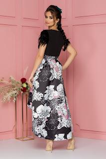 Rochie de ocazie MBG cu fulgi la umeri si imprimeuri florale pe fusta