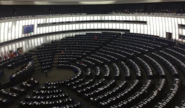 Fortsatt brak om omstritt parlament