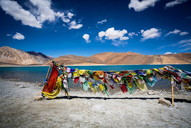 PANGONG LAKE BEAUTY FACT HISTORY LADAKH INDIA