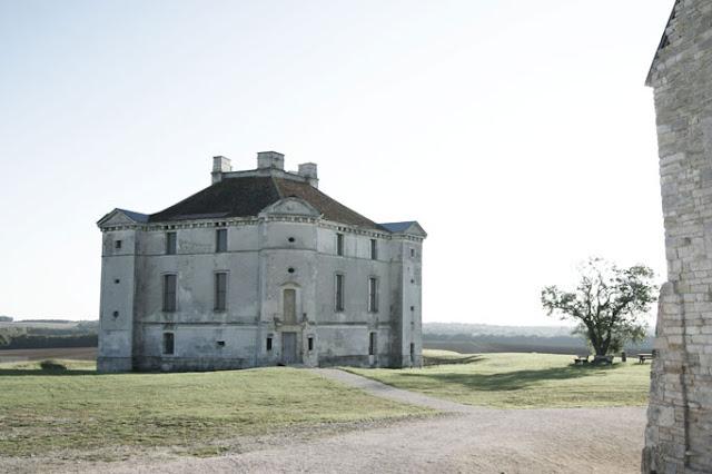 Le château de Maulnes.
