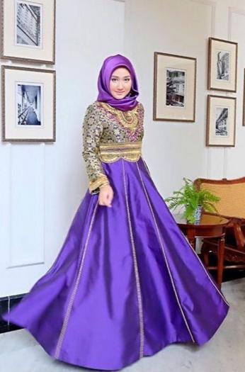 Trend Baju Muslim Lebaran Dian Pelangi Terbaru