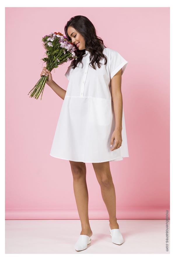 Moda vestidos cortos ropa de mujer. Moda 2019.