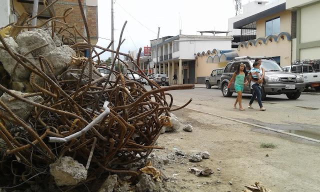 Terremoto en Portoviejo, 29 días después.