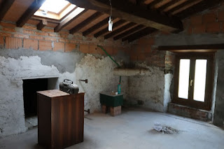Tuscany Italy unfinished art studio space