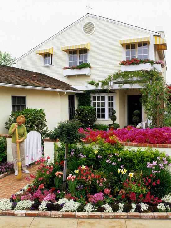 New Home Interior Design: Front Yard Sidewalk-Garden Ideas on Patio And Grass Garden Ideas id=76682