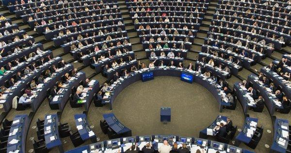 Επέλαση της «καθαρόαιμης» Δεξιάς στην ΕΕ: Κέρδισε 179 έδρες στο ευρωκοινοβούλιο