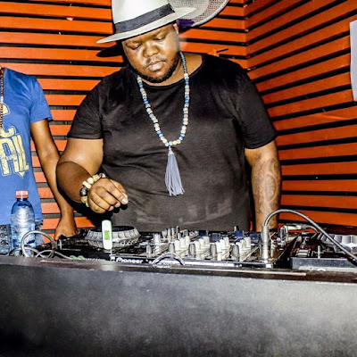 Heavy K feat Ntombi - Only You (Radio edit) [Download]