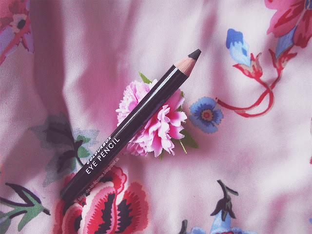 Ceruzka na oči Colourbox recenzia