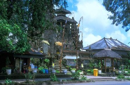 10 Tempat Wisata Favorit Di Bali Yang Wajib Dikunjungi