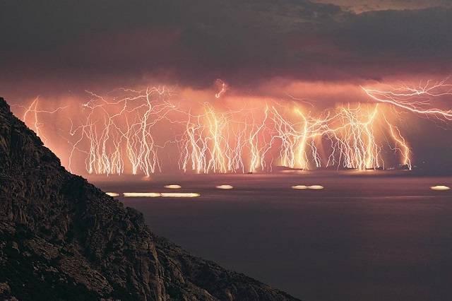 7  Fenomena alam yang aneh namun Luar Biasa