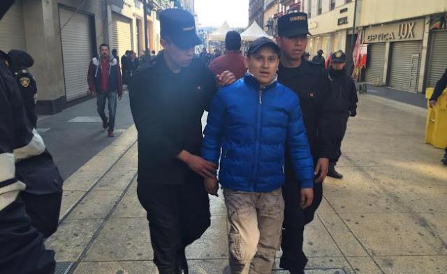 Detienen a sujeto que presuntamente intentaba atacar al papa Francisco