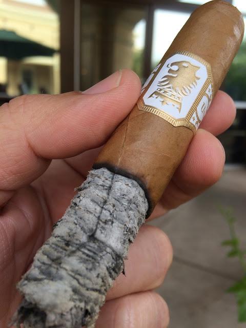 Drew Estate Undercrown Shade cigar 5