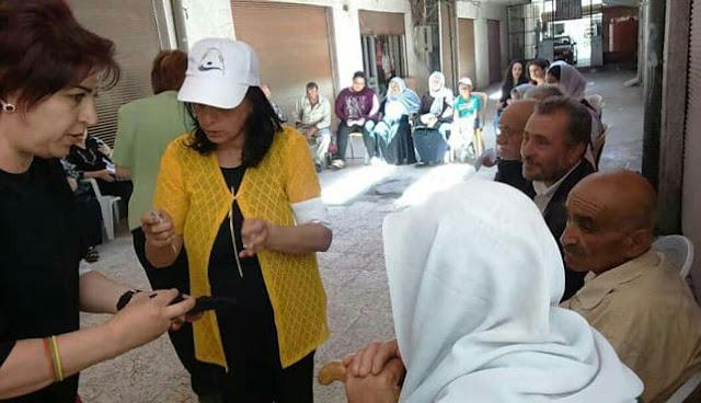 توزيع مساعدات طبية لمرضى السكري والقلب والضغط في مدينة شهبا.