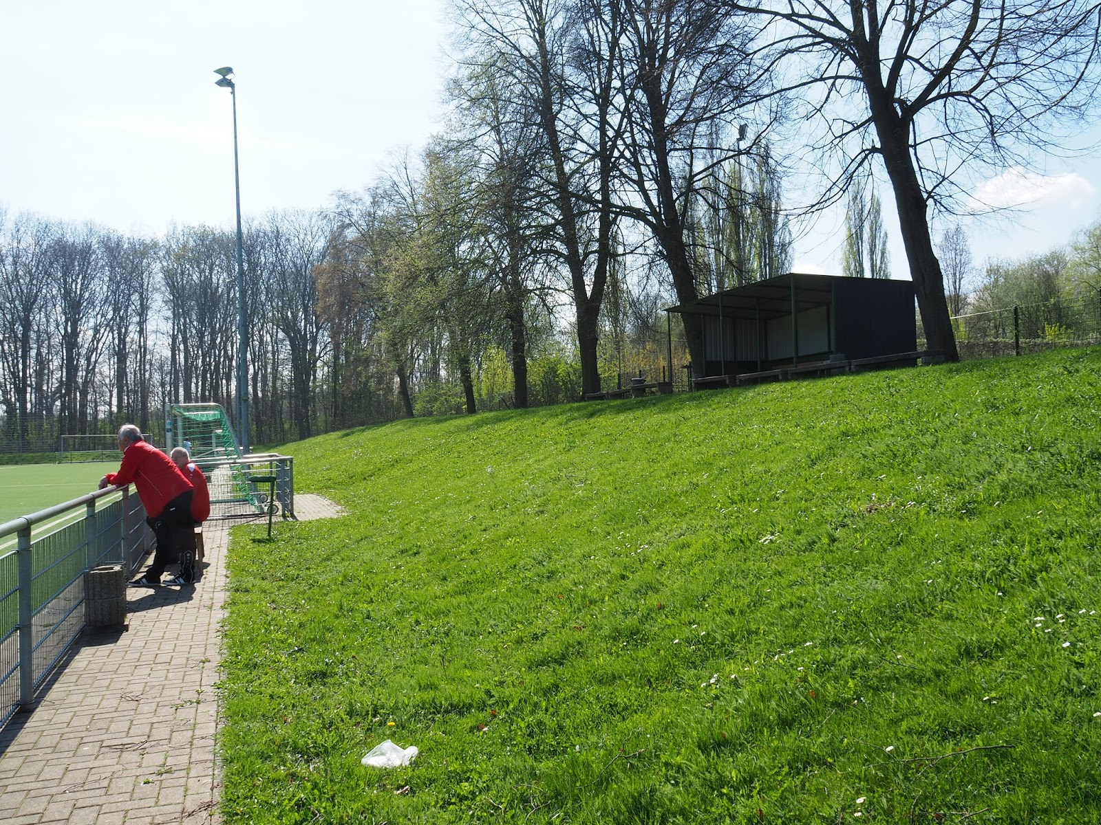 HombruchHopping - Fußball aus NRW: 02.04.17 SF Walsum 09 ...