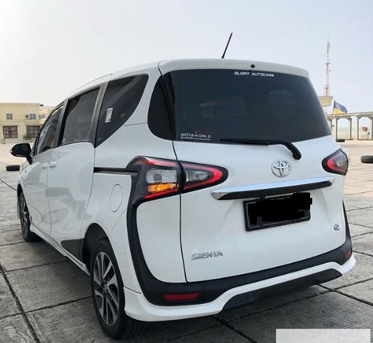 Design belakang Toyota Sienta Baru