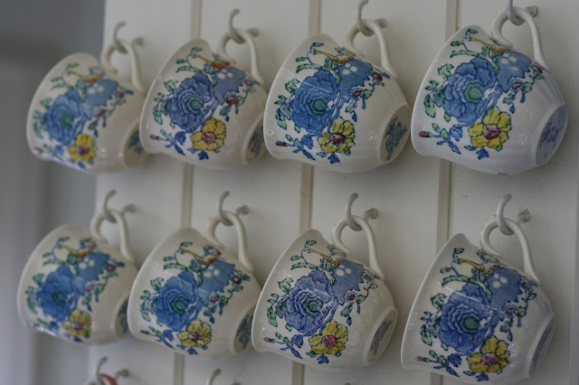pretty retro blue teacups