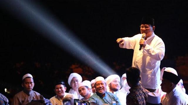 Di Depan Relawan, Prabowo Janji Sejahterakan Guru, Buruh, TNI