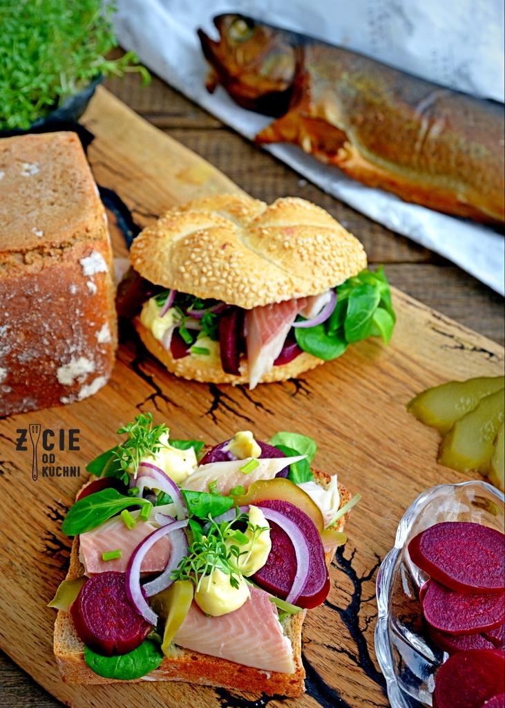kanapka z pstragiem ojcowskim, kanapka z wedzona ryba, tarta, pstrag ojcowski, tarta z wedzona ryba, tarta wytrawna, tarta ze szparagami, tarta z zielonym groszkiem, przepisy z wedzona ryba, przepisy z pstragiem ojcowskim, blog zycie od kuchni, zycie od kuchni