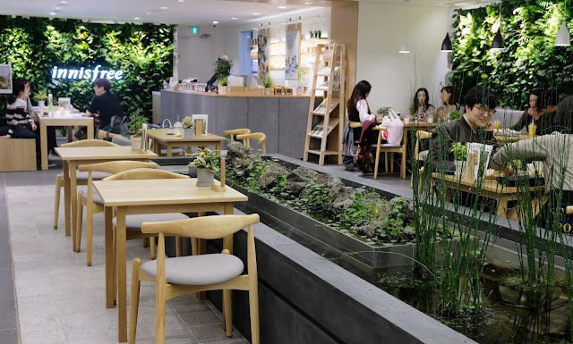 a photo of Innisfree Flagship Store Myeongdong_Innisfree Garden Cafe