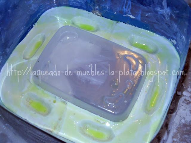 Hacer un molde de yeso para cerámica