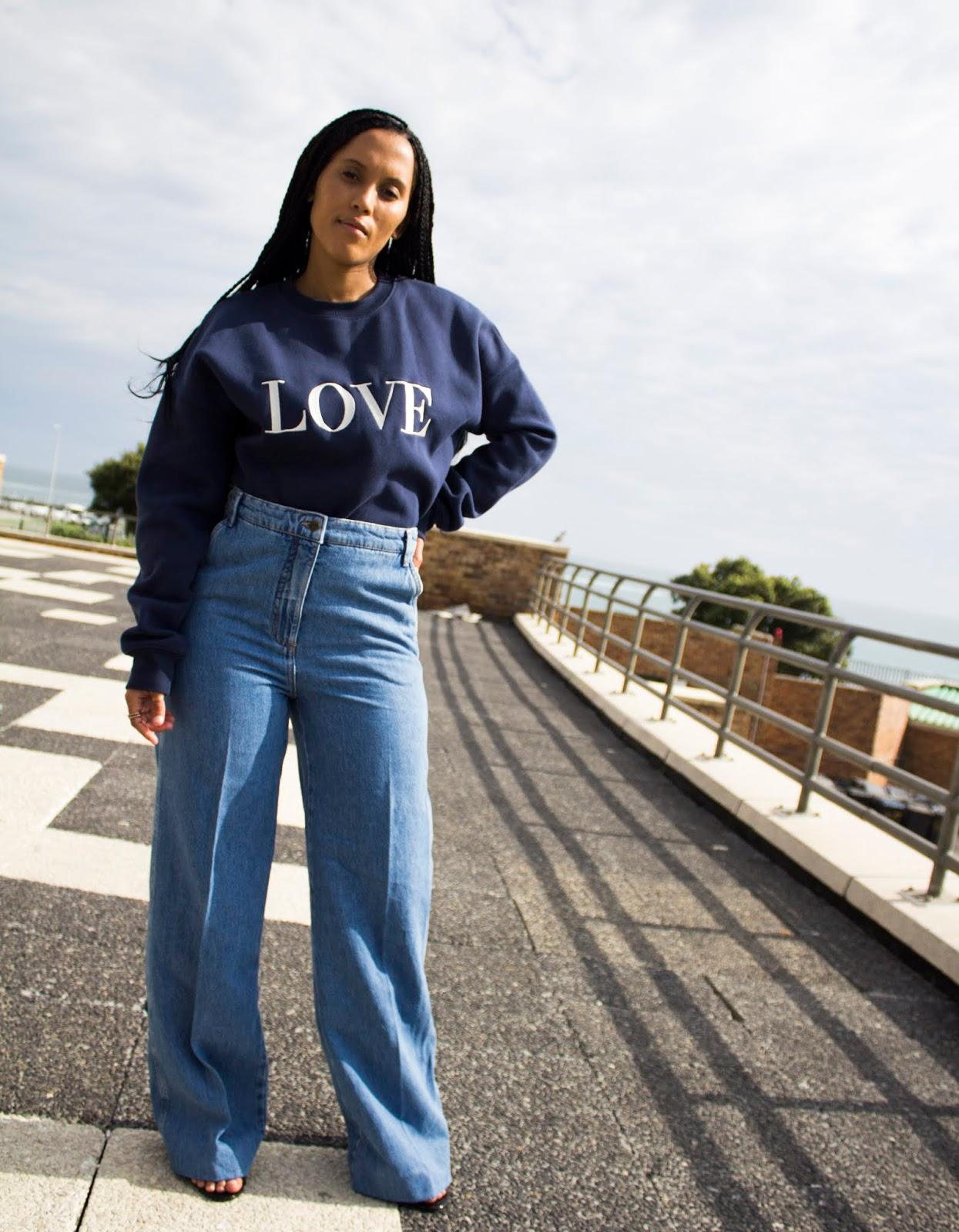 Liezel-Esquire-how-to-wear-sweatshirt