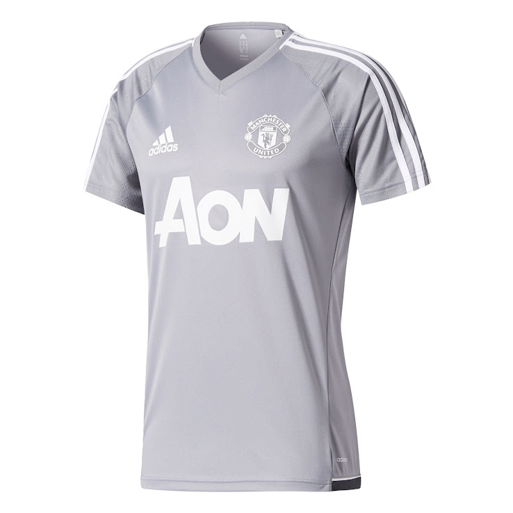 pretty nice 4936f 49dc0 Two Manchester United 17-18 Training Kits Released - Footy ...