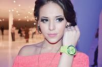 Danna Paola reloj