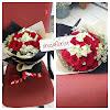Bunga Tangan Mawar Merah 161126