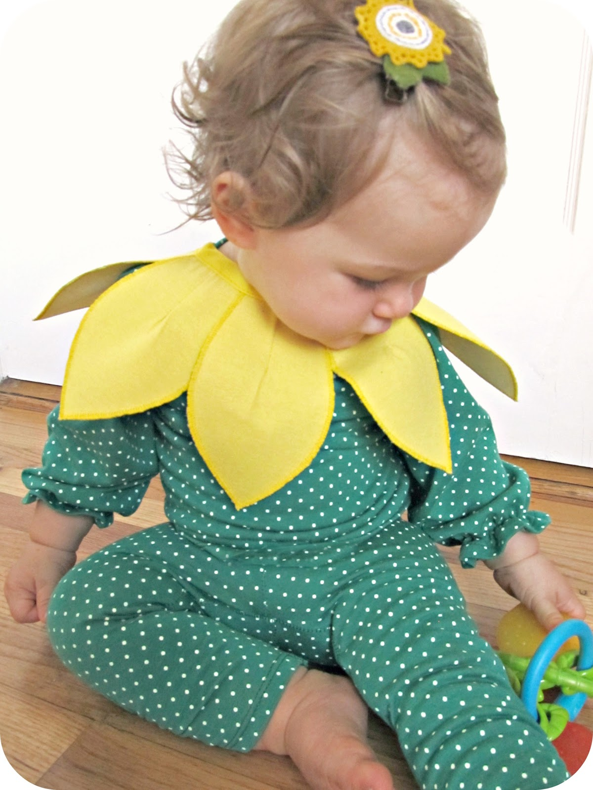 comfy dress up: baby sunflower costume