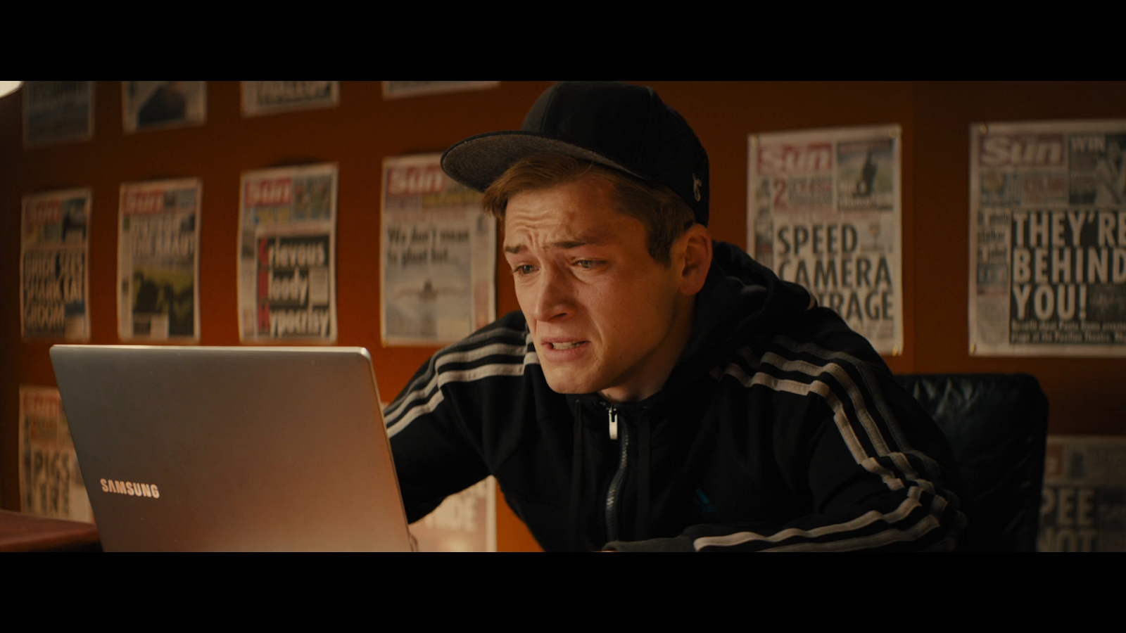 Kingsman: El Servicio Secreto (2014) UNRATED BRRip 1080p Latino-Ingles captura 3