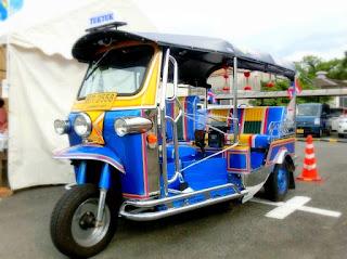 東南アジアの三輪タクシー、トゥクトゥク