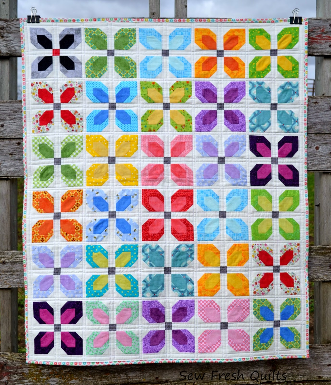 http://sewfreshquilts.blogspot.ca/2014/11/little-blooms-friday-finish.html