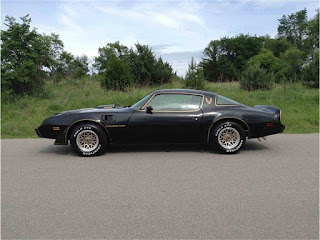 1979 Trans Am Black and Gold Bandit TA 400 Photo Gallery