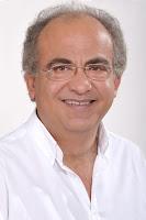 """Τις βαρύτατες ευθύνες της δημοτικής αρχής Βαλασόπουλου για το κλείσιμο και την απαξίωση των αναψυκτηρίων, έχει αναδείξει ο επικεφαλής του ΕΝΑΚ (Ενωτικό Αυτοδιοικητικό Κίνημα) Ηλιούπολης Δημήτρης Πανταζόπουλος, ο οποίος με παρέμβασή του (""""Δημοτικά αναψυκτήρια: Ο δήμος πληρώνει τις εμμονές του κ. Βαλασόπουλου"""") σημειώνει ότι ο δήμαρχος Βασίλης Βαλασόπουλος επέλεξε να κλείσει την δημοτική επιχείρηση «Ευώνυμος»  επιφέροντας ανεπανόρθωτη ζημιά στα αναψυκτήρια, στον πολιτισμό και την ανάπτυξη της πόλης. Και αυτό παρά το γεγονός ότι η αντιπολίτευση πρόκρινε άλλες λύσεις που προάσπιζαν τα συμφέροντα του δήμου."""