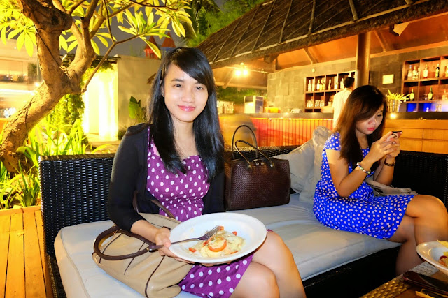 review makan di segarra beach club ancol
