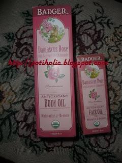 aceite corporal y facial con rosa de Damasco Badger Balm
