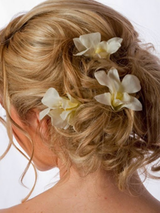 Wedding Hairstyles Up With Flowers Http Refreshrose