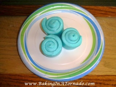 Jello Waves | www.BakingInATornado.com | #recipe