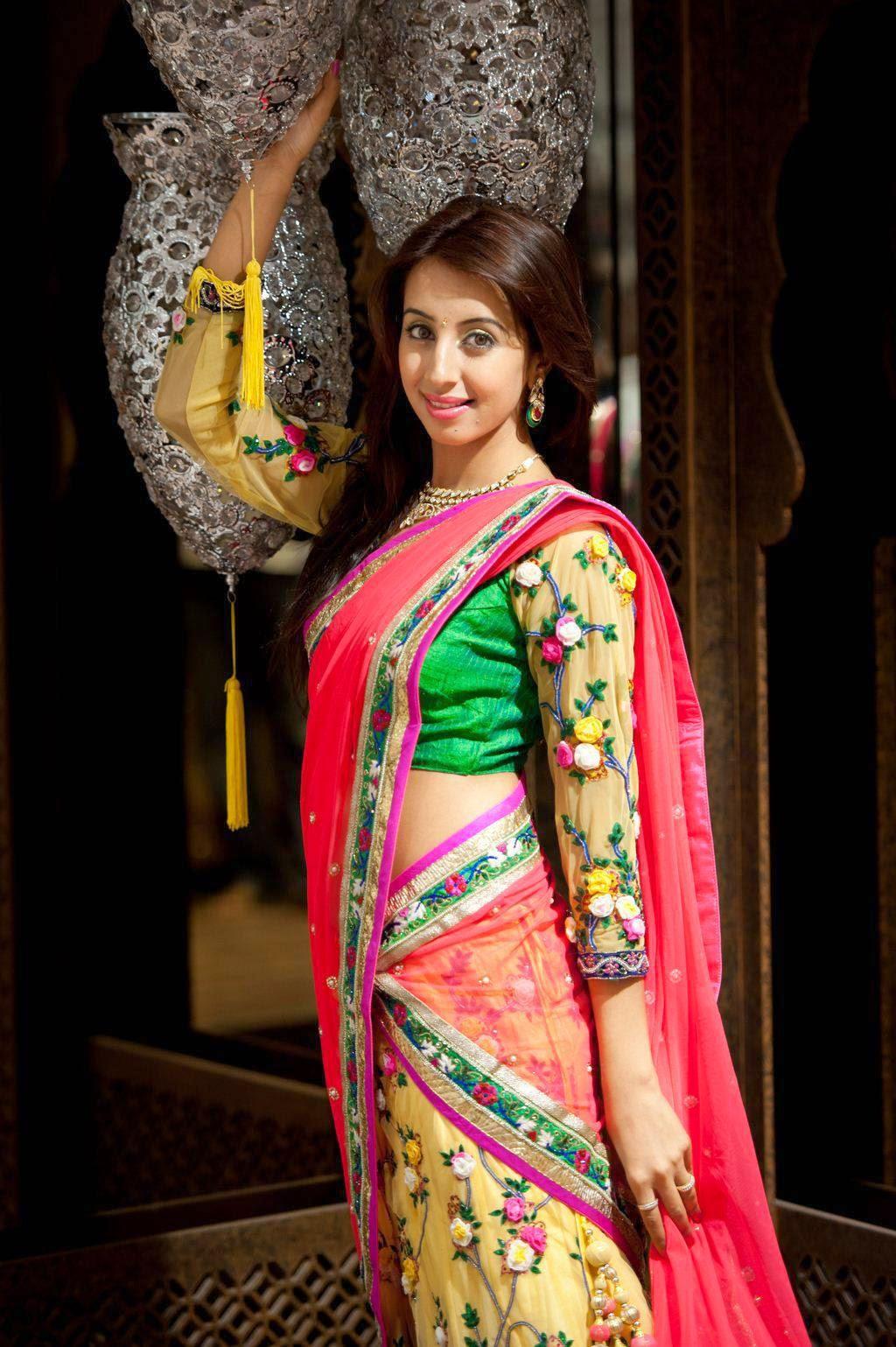 actress half saree images